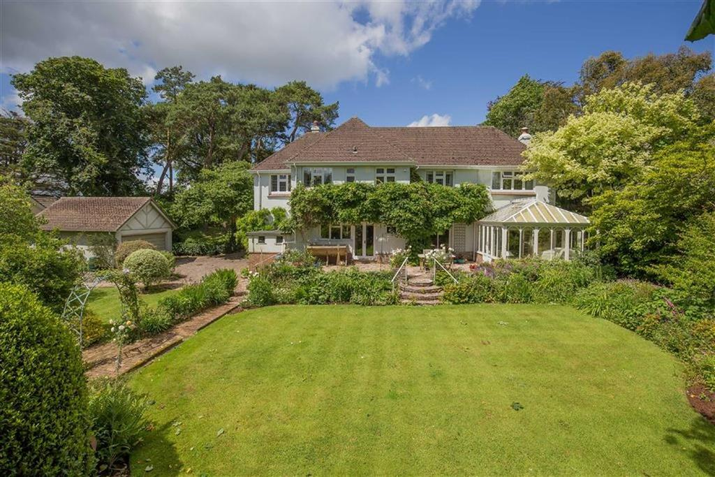 5 Bedrooms Detached House for sale in Greenway Road, Galmpton, Devon, TQ5
