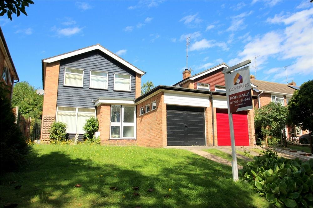 3 Bedrooms Detached House for sale in Booth Avenue, Colchester, Essex