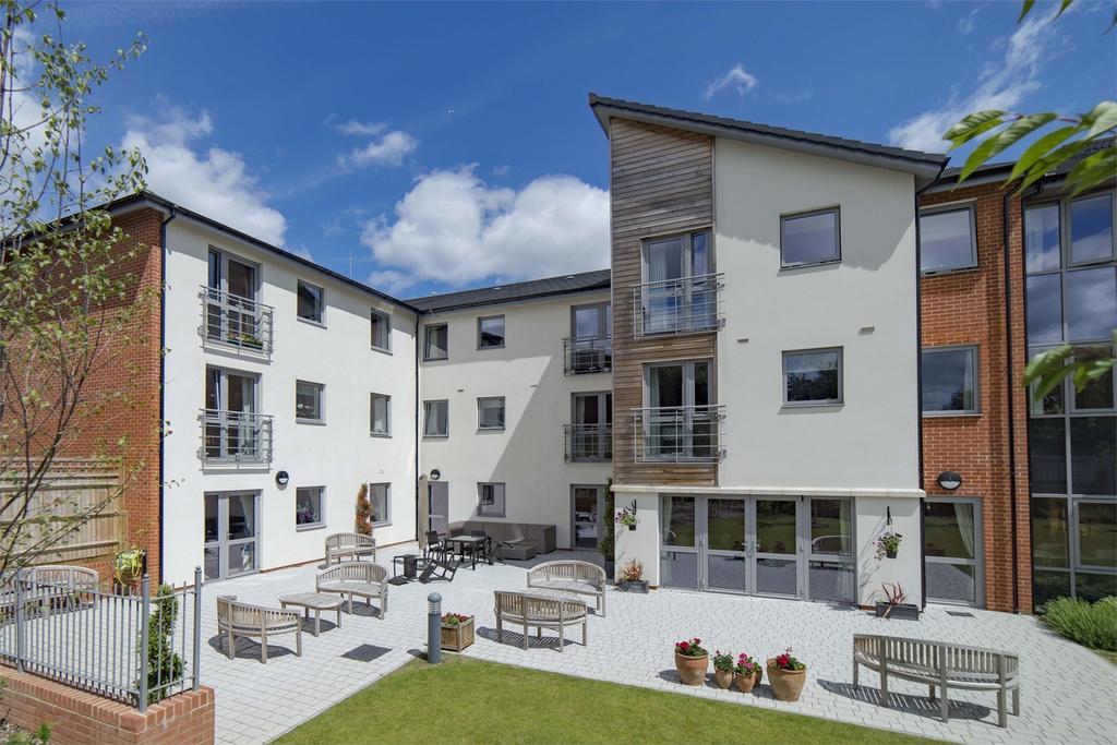 2 Bedrooms Retirement Property for sale in Fleet, Hampshire