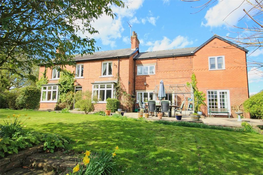4 Bedrooms Detached House for sale in 44 Northgate, Walkington, East Riding of Yorkshire