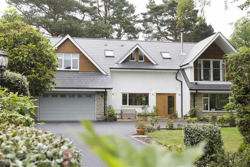 5 Bedrooms Detached House for sale in Upper Golf Links Road, Broadstone, Dorset