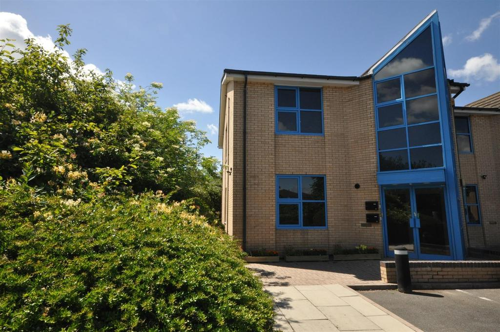 2 Bedrooms Apartment Flat for sale in Marsden Park, Clifton Moor, York