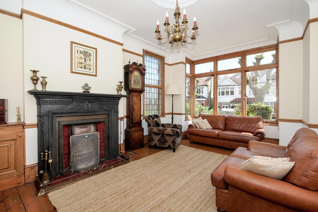 4 Bedrooms End Of Terrace House for sale in Redston Road, Crouch End