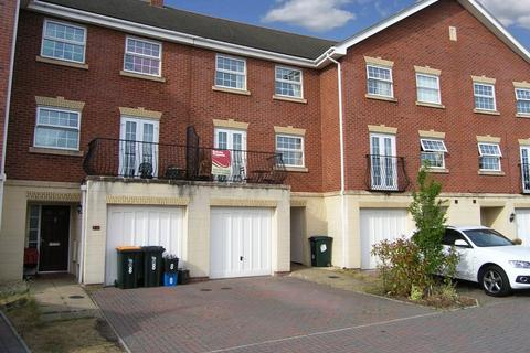 3 bedroom townhouse to rent - Cambrian Crescent, Marshfield, Cardiff