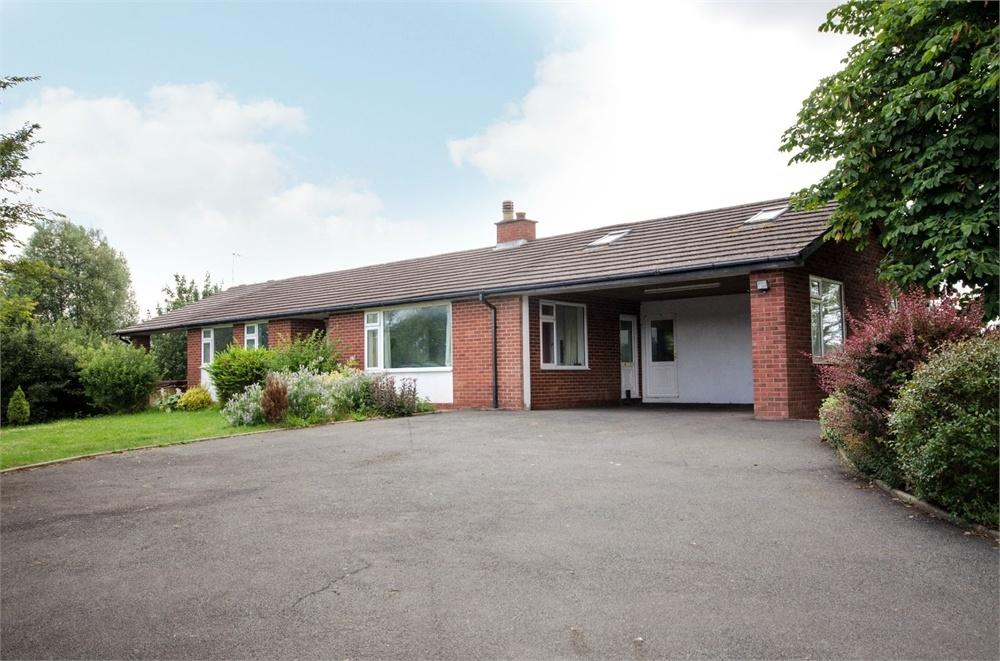 4 Bedrooms Detached Bungalow for sale in Honeymoor Common, Eaton Bishop, Hereford