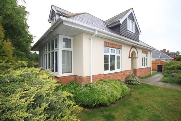 4 Bedrooms Detached Bungalow For Sale In Redhill Drive Bournemouth