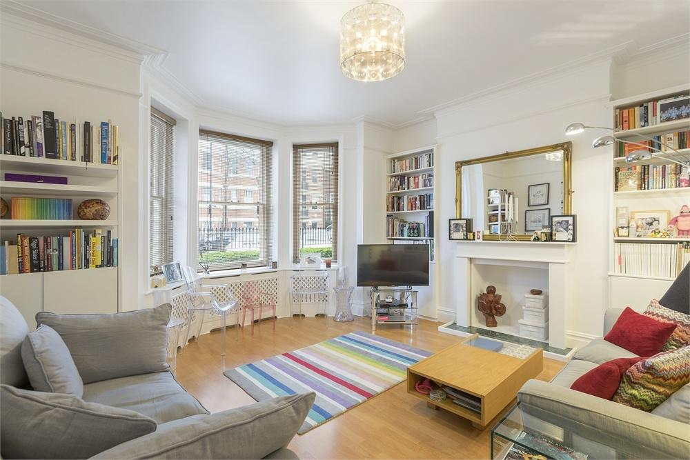 2 Bedrooms Flat for sale in WYMERING MANSIONS, WYMERING ROAD, LONDON