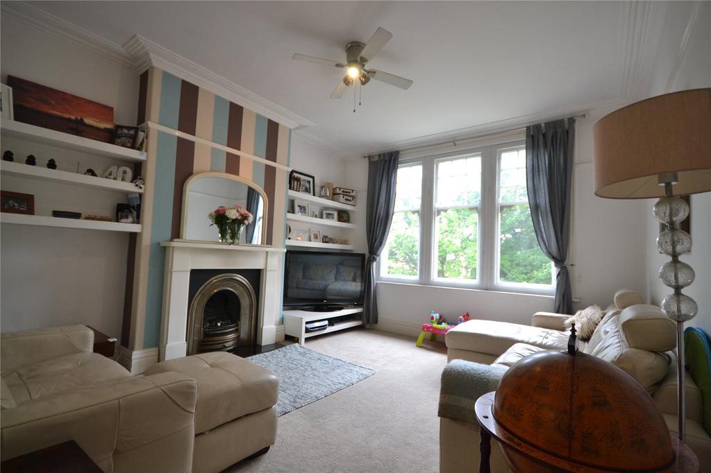 3 Bedrooms Apartment Flat for sale in Pen-y-Lan Road, Penylan, Cardiff, CF23