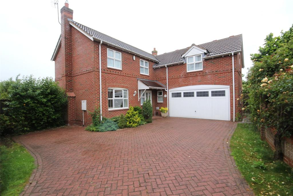 4 Bedrooms Detached House for sale in Northfield Rise, Saxilby, LN1