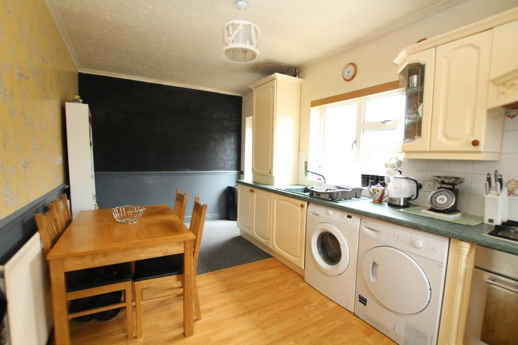 3 Bedrooms End Of Terrace House for sale in Cloisters Avenue, Barrow-In-Furness
