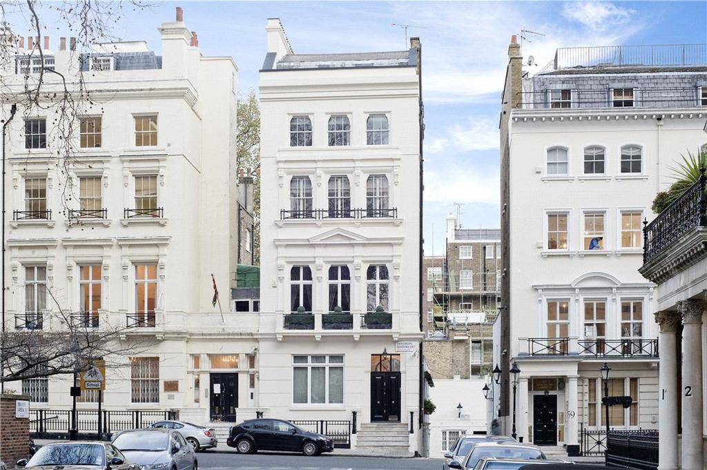 6 Bedrooms Terraced House for sale in Ennismore Gardens, Knightsbridge, London, SW7