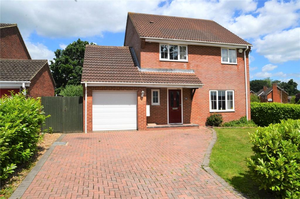 4 Bedrooms Detached House for sale in Goodwin Close, Calcot, Reading, Berkshire, RG31