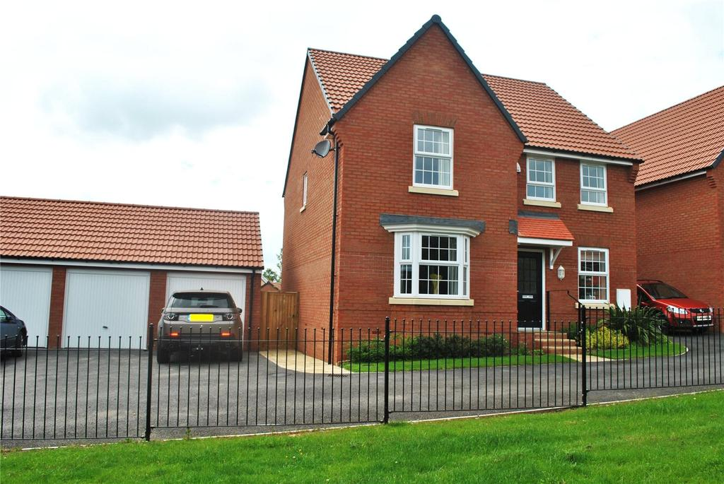 4 Bedrooms House for sale in Aginshill Drive, Monkton Heathfield, Taunton, Somerset, TA2