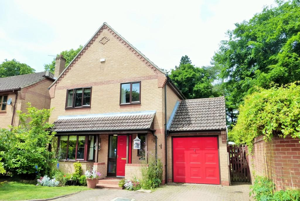 4 Bedrooms Detached House for sale in Drayton