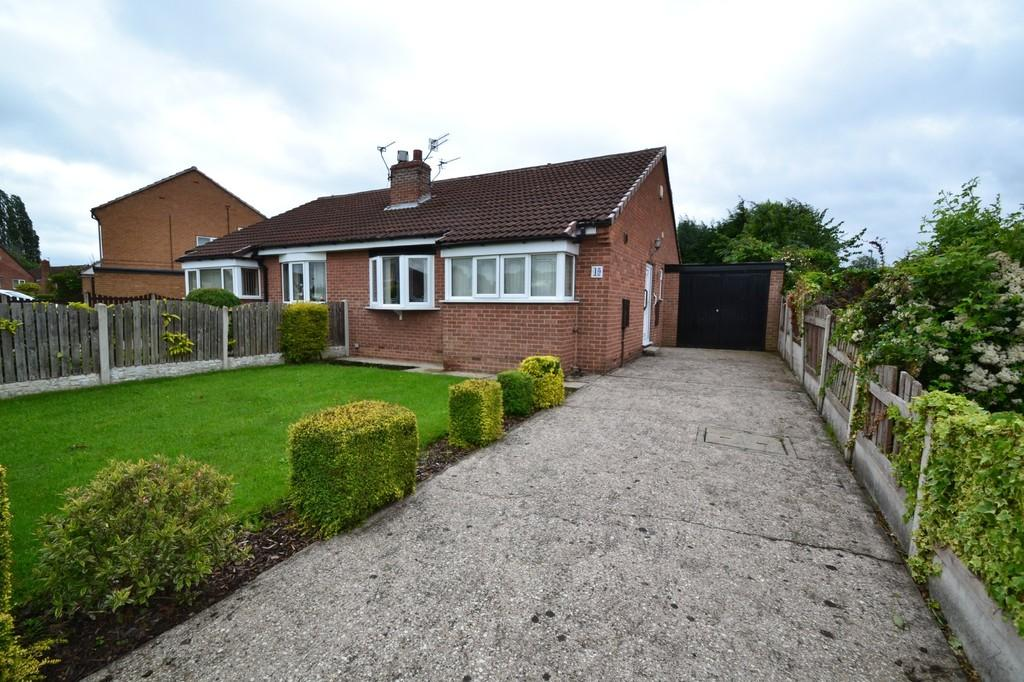 2 Bedrooms Semi Detached Bungalow for sale in Ings Walk, South Kirkby, Pontefract