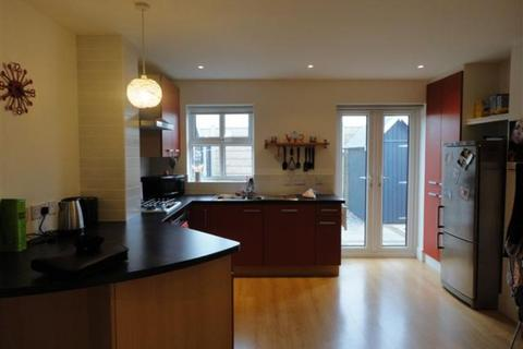 2 bedroom semi-detached house to rent - Fulford Court, Greetwell Place