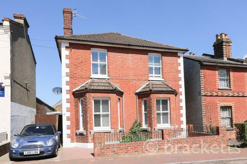 4 Bedrooms Detached House for sale in Albion Road, Tunbridge Wells