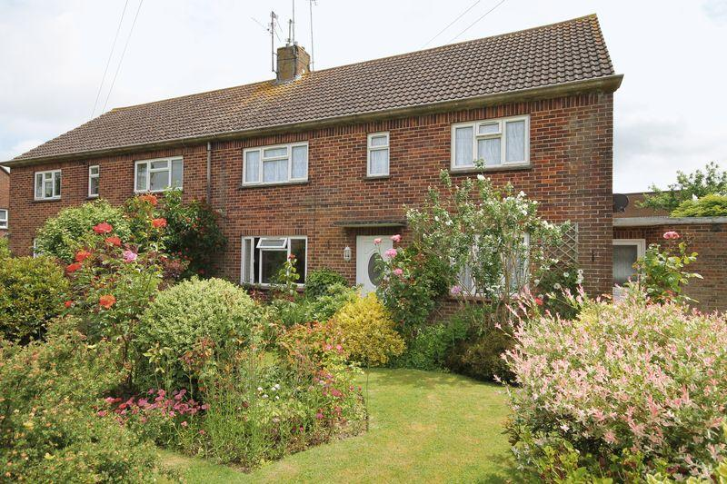 2 Bedrooms Apartment Flat for sale in Windmill Avenue, Hassocks, West Sussex,