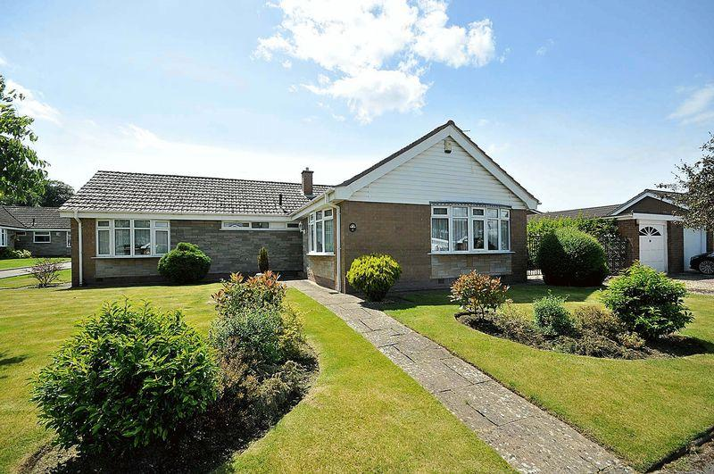 4 Bedrooms Bungalow for sale in Fox Grove, Knutsford