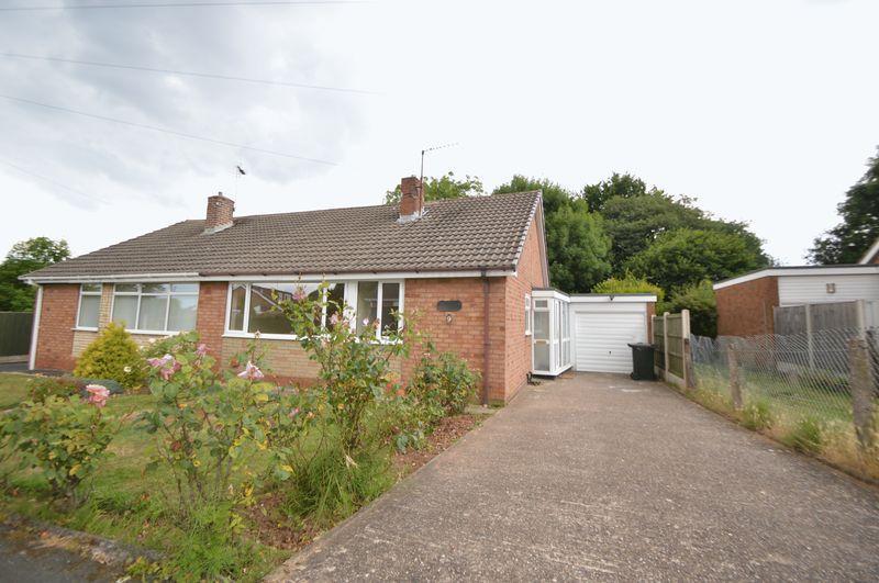 2 Bedrooms Bungalow for sale in Buckbury Close, Pedmore
