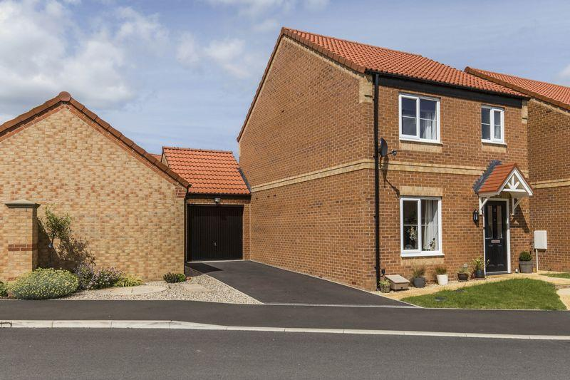 3 Bedrooms Detached House for sale in Beechwood Grove, Catterick Garrison