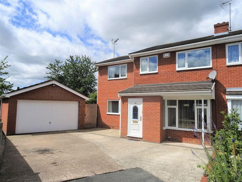 4 Bedrooms Semi Detached House for sale in Coningsby Court, Plas Goulbourne, Wrexham