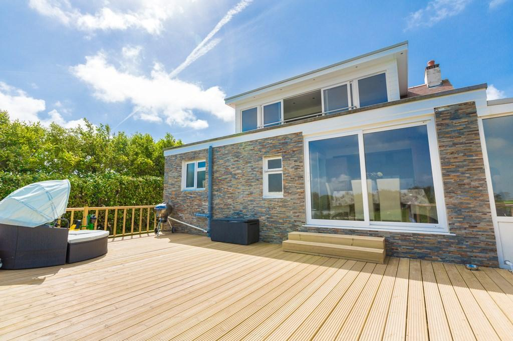 3 Bedrooms Detached House for sale in Rue du Crolier, Torteval, Guernsey