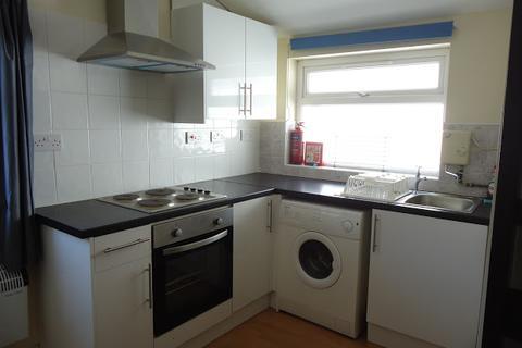 Studio to rent - Flat 3, 95 Cathays Terrace, Cathays, Cardiff, CF24