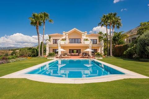 4 bedroom villa - Marbella Hill Club, Marbella, Malaga