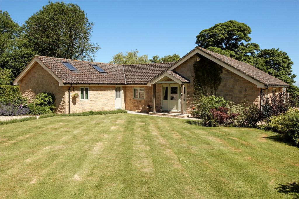 3 Bedrooms Detached Bungalow for sale in Noade Street, Ashmore, Salisbury, SP5