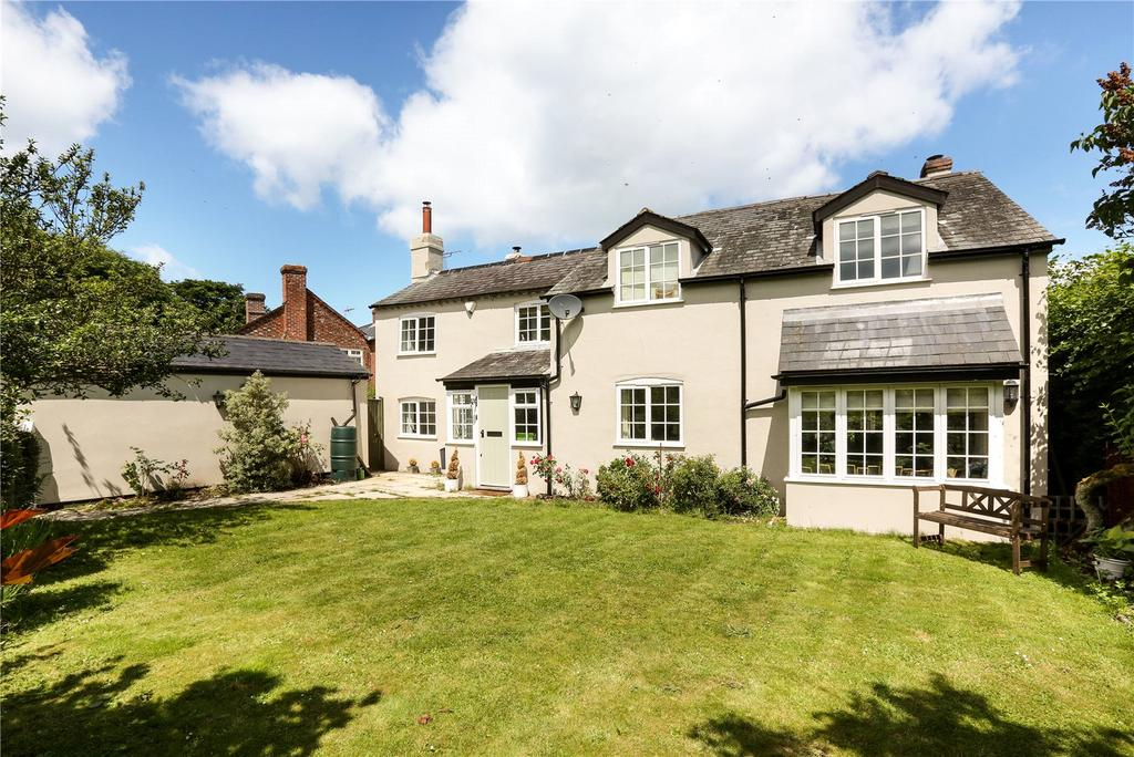4 Bedrooms Detached House for sale in Nettlebed, Henley-on-Thames, Oxfordshire, RG9