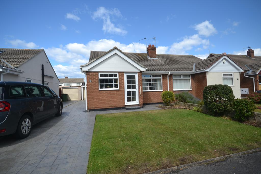 2 Bedrooms Semi Detached Bungalow for sale in Spencer Close, Marske TS11