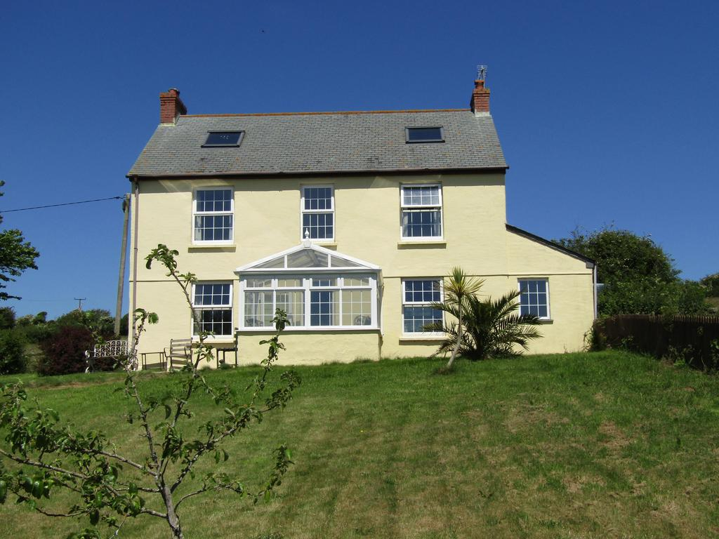 3 Bedrooms Farm House Character Property for sale in 16 acre Equestrian Holding, Gweek, Helston TR12