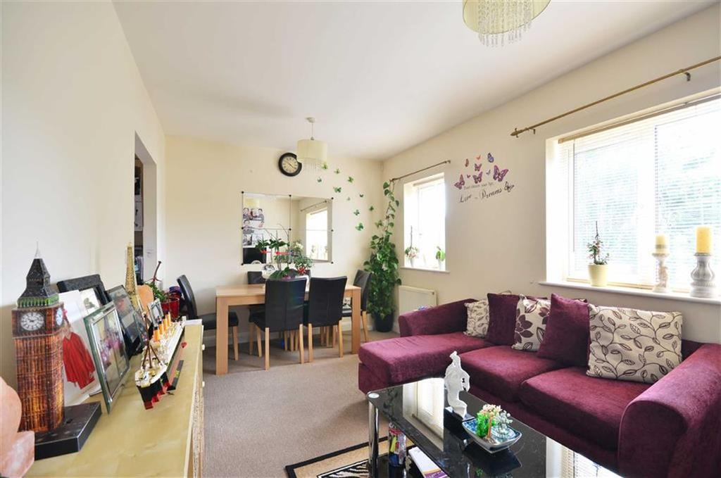 2 Bedrooms Apartment Flat for sale in Christie Court, Watford, Hertfordshire