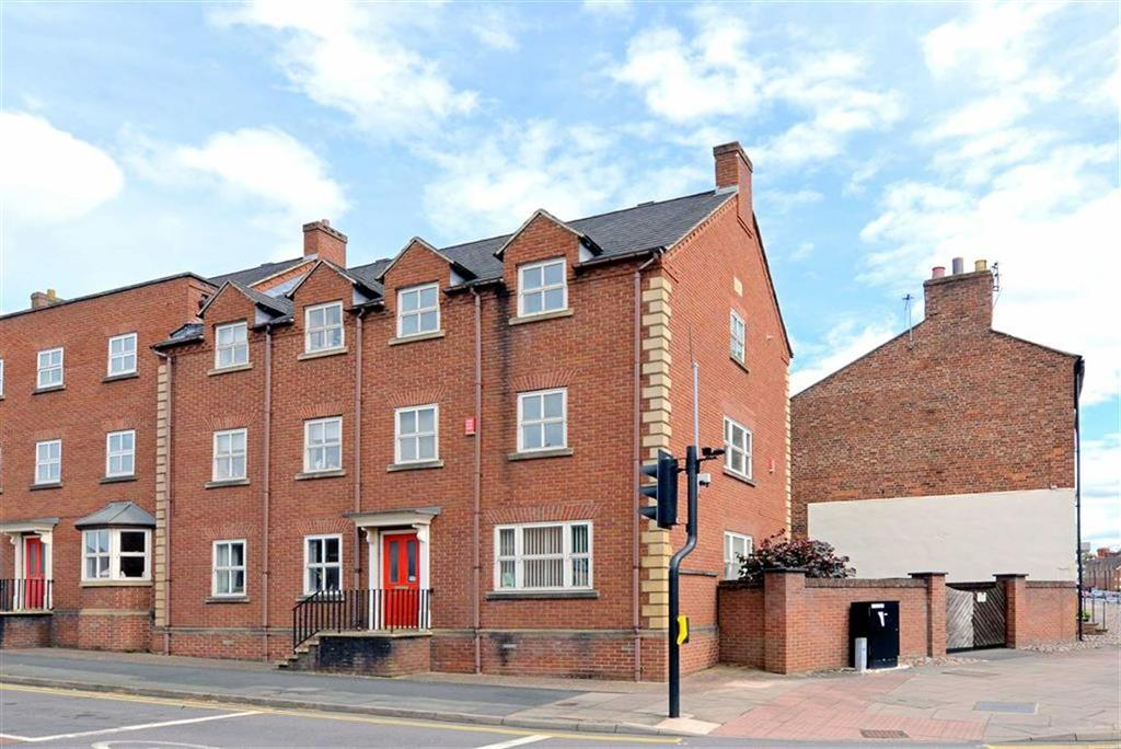 2 Bedrooms Maisonette Flat for sale in Whitehall Mews, Monkmoor Road, Shrewsbury, Shropshire