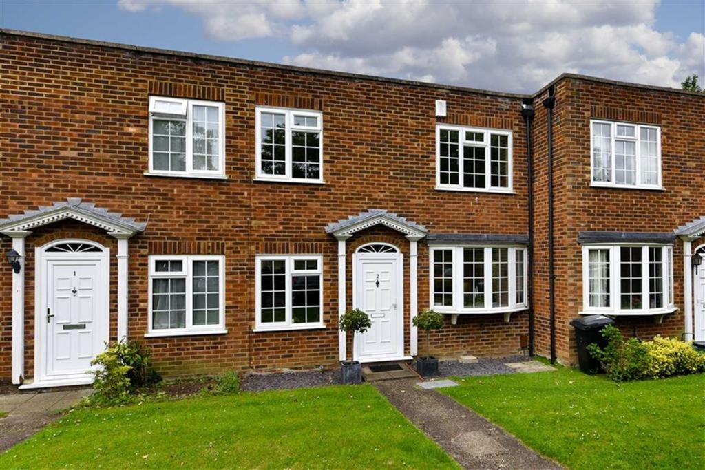 4 Bedrooms Terraced House for sale in Milton Gardens, Epsom, Surrey