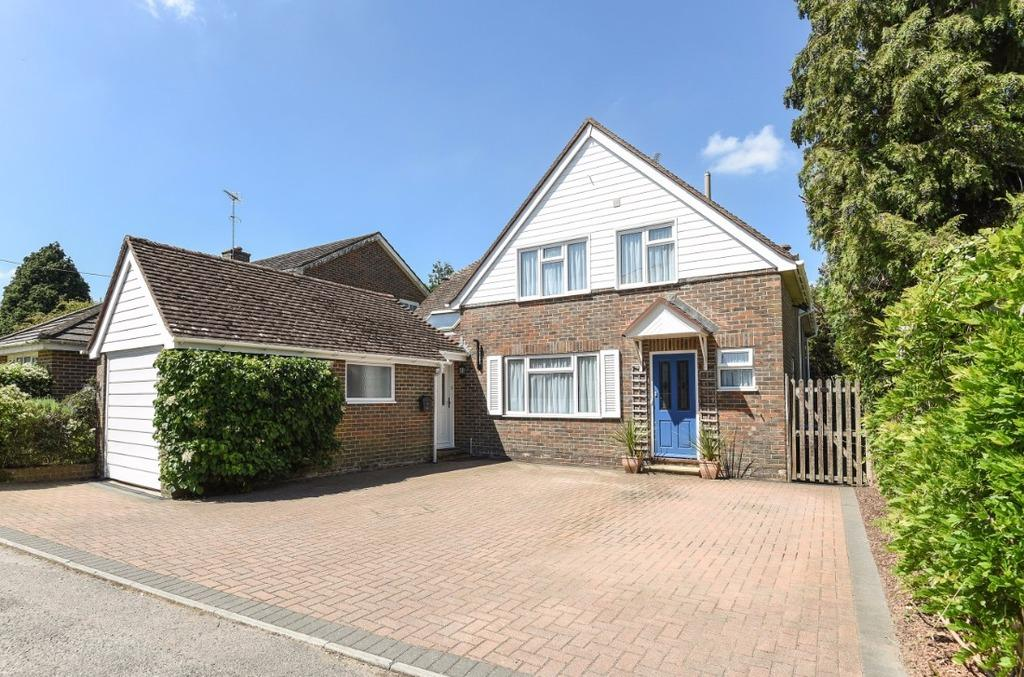 5 Bedrooms Detached House for sale in Lodge Lane Hassocks West Sussex BN6