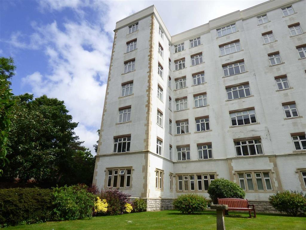 2 Bedrooms Flat for rent in Bath Road, Bournemouth, Dorset, BH1
