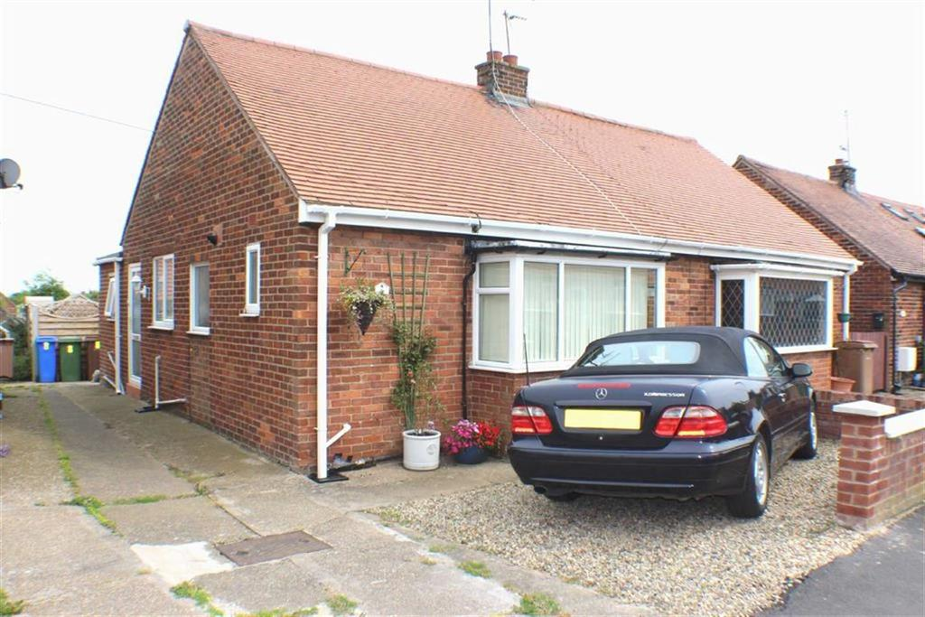 1 Bedroom Semi Detached Bungalow for sale in Bempton Oval, Bridlington, East Yorkshire