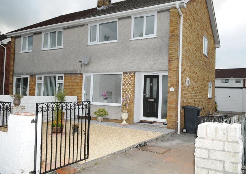 3 Bedrooms Semi Detached House for sale in Haulwen, Cwmdare, Aberdare
