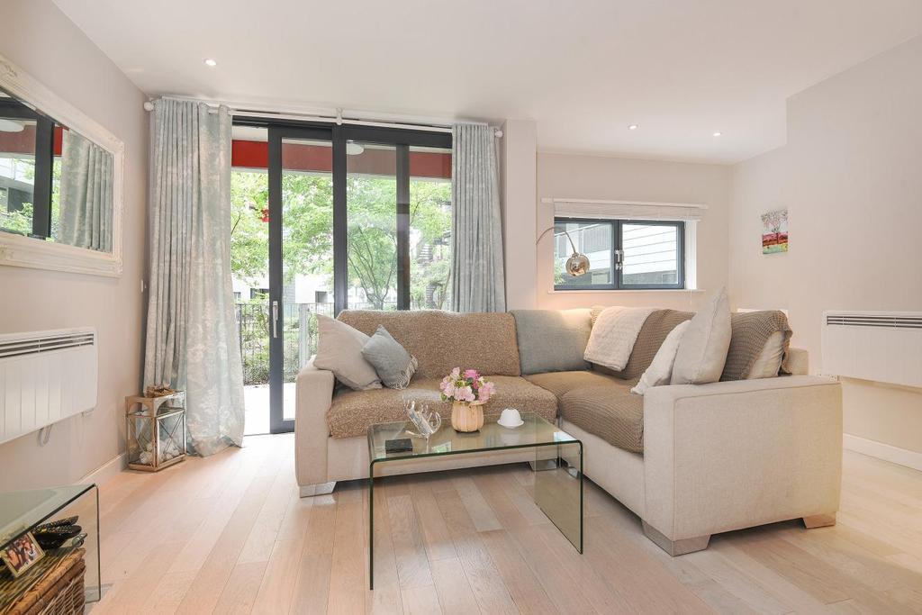 1 Bedroom Flat for sale in Drayton Park, Highbury, N5