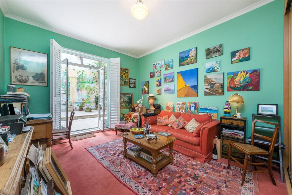 2 Bedrooms Flat for sale in Stanhope Place, Hyde Park Estate, London