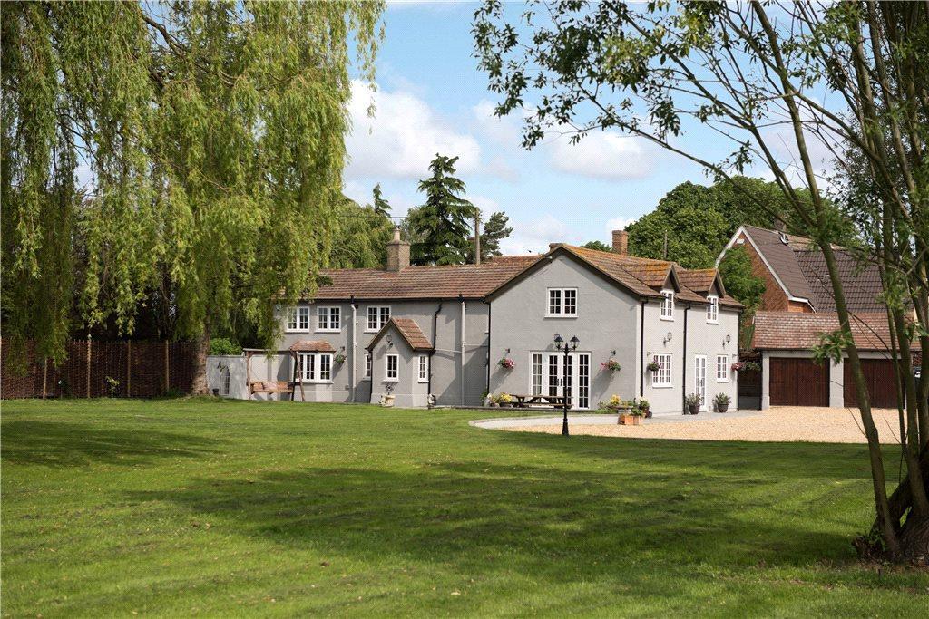 4 Bedrooms Unique Property for sale in Blunham Road, Moggerhanger, Bedford, Bedfordshire
