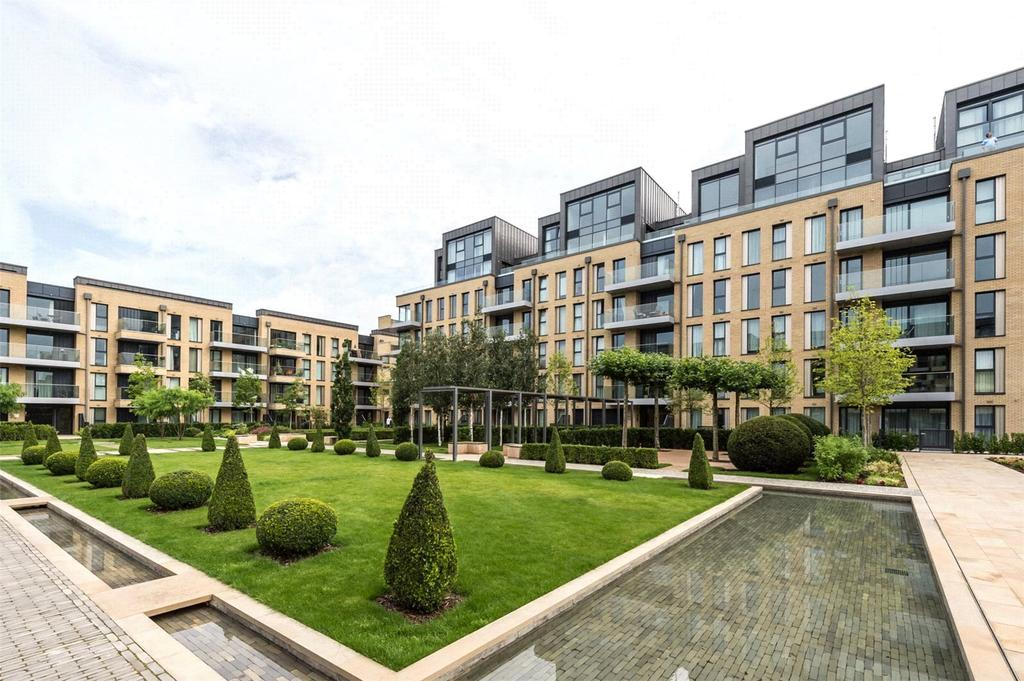 Studio Flat for sale in Westbourne Apartments, London, SW6