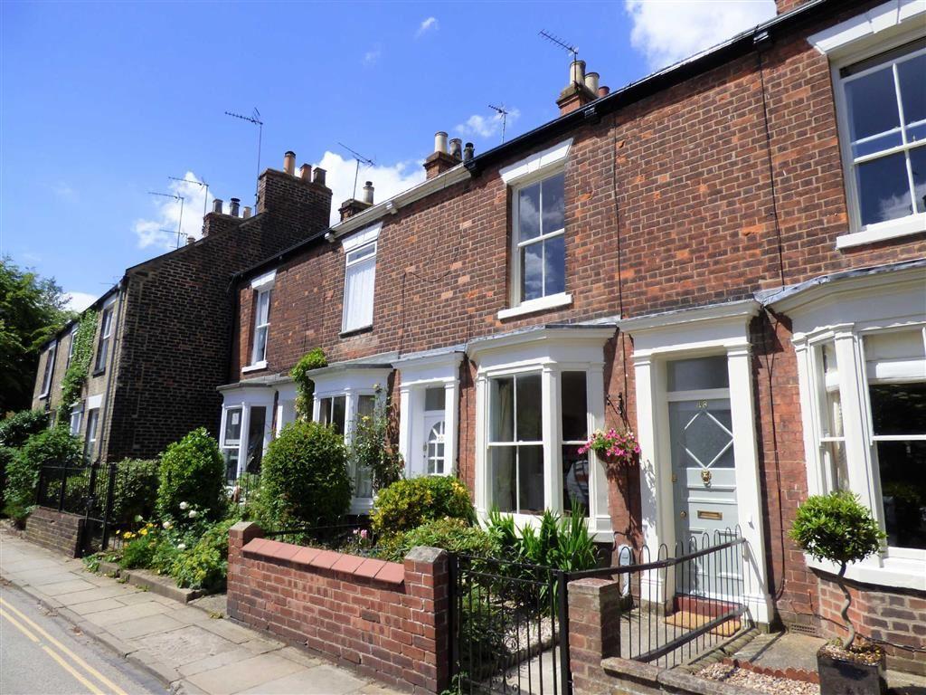 2 Bedrooms Terraced House for sale in Wood Lane, Beverley