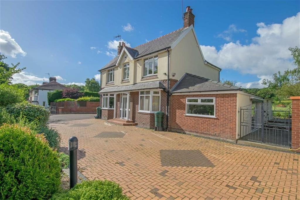 4 Bedrooms Detached House for sale in Llanerch Y Mor, Holywell, Holywell