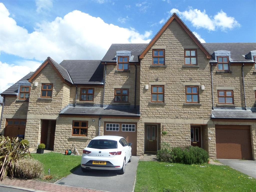 4 Bedrooms House for sale in Brambleside, Denholme, Bradford