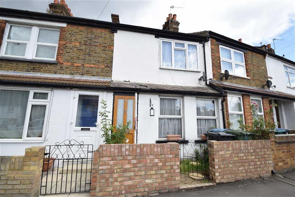 3 Bedrooms Terraced House for sale in Hagden Lane, Watford, Herts