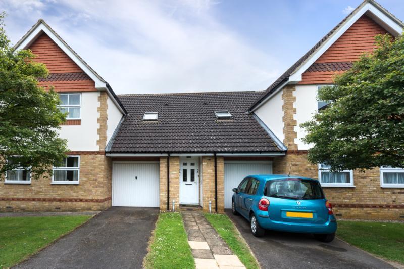 2 Bedrooms Maisonette Flat for sale in Bourlon Wood, Abingdon