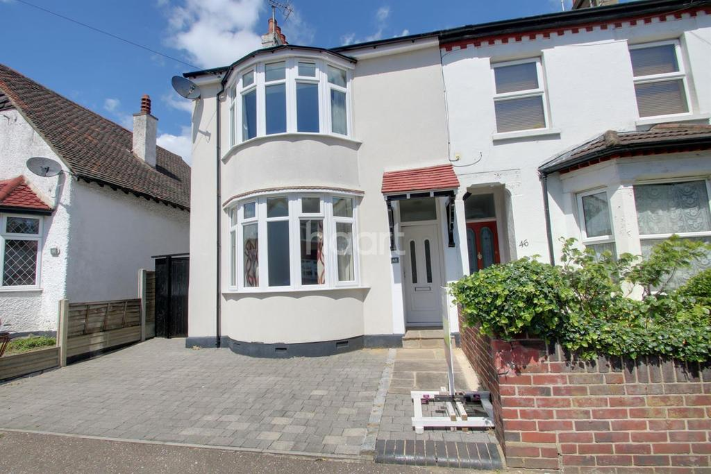 4 Bedrooms Semi Detached House for sale in St Johns Road